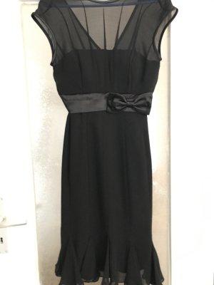 Schwarzes Kleid von P&C