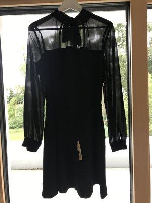 Schwarzes Kleid von Rinascimento