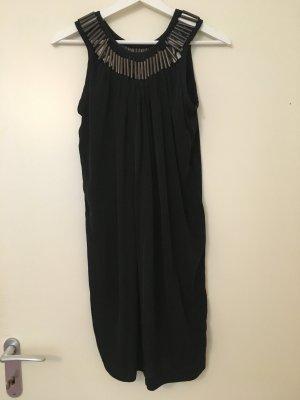Schwarzes Kleid von Strenesse mit Metall-Applikationen