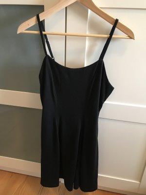 Schwarzes Kleid von urban outfitters XS