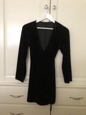Schwarzes Kleid Zara S