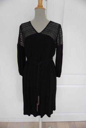 Schwarzes Kleid Zara Spitze Viskose boho elegant chic M 38