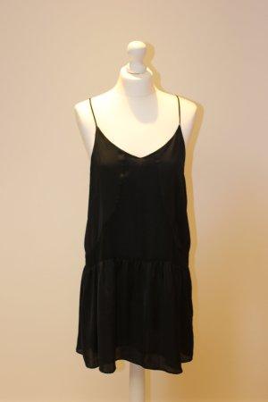 schwarzes Kleidchen
