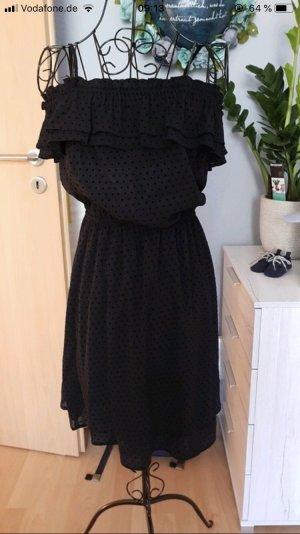 Schwarzes Kleidchen H&M