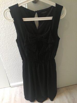 Schwarzes kurzes Kleid von Review