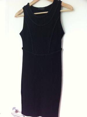 Schwarzes kurzes Kleid von Zara