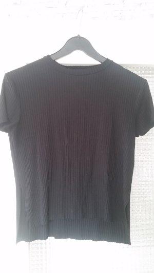 schwarzes kurzes Tshirt