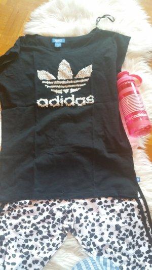schwarzes, längeres Adidas originals Shirt mit Knochen