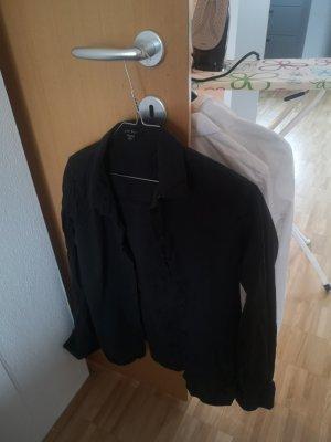 schwarzes langarmiges Hemd