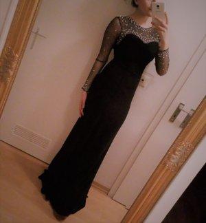 schwarzes langes Kleid mit Perlen und Rückendekollete