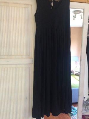 Schwarzes langes Kleid von pompöös