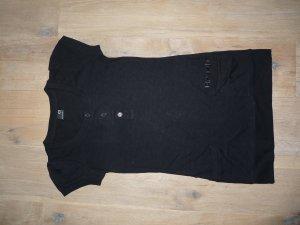 schwarzes langes T-shirt von bench