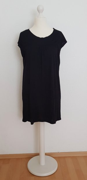 Schwarzes Longshirt