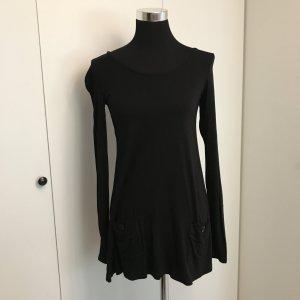 Schwarzes Longshirt weiter Schnitt