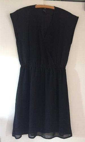 Schwarzes, luftiges Sommerkleid mit V-Ausschnitt
