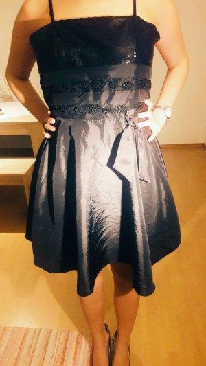 schwarzes mini kleid 2 mal getragen