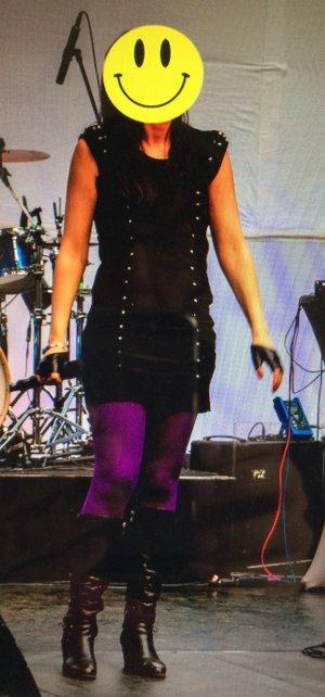 Schwarzes Minikleid im Rock/Gothic Style