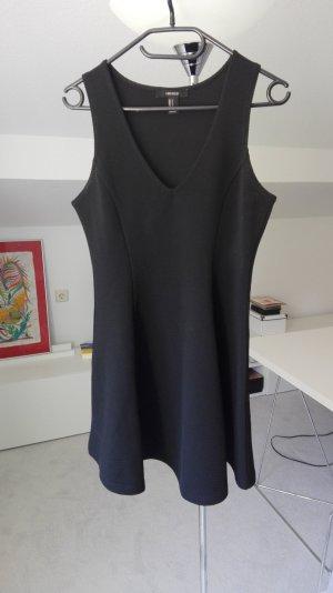 schwarzes minikleid von forever 21