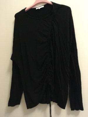 Schwarzes neues Shirt von IRO, Größe large. Neupreis 180 Euro