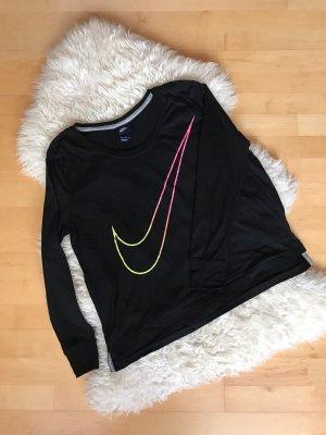 Schwarzes Nike Shirt