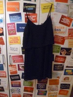 Schwarzes Plisseekleid von mint&berry, Zalando, Basic, Blogger, Boho