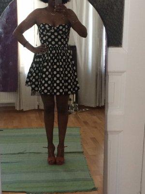 Schwarzes Polka Dot Kleid - forever unique