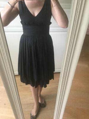 Schwarzes Prada Kleid mit Volants