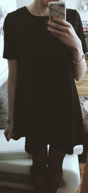 Schwarzes samtiges Kleid