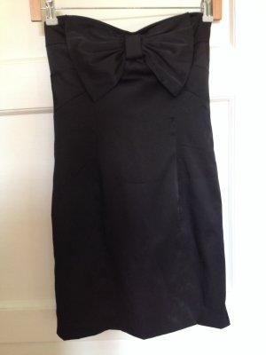 Schwarzes Satin-Cocktailkleid mit großer Schleife
