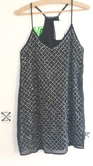 Schwarzes schickes Kleid Bershka