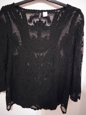Schwarzes Shirt aus Spitze