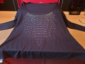 schwarzes Shirt mit Rundhalsausschnitt