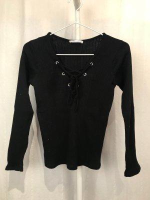 Schwarzes Shirt mit Schnürung von Zara