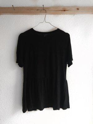Schwarzes Shirt mit Schößchen