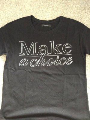 Schwarzes Shirt mit Schriftzug
