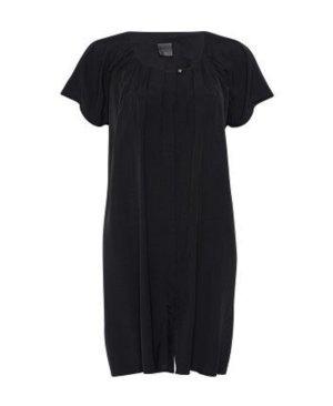 Schwarzes Shirtkleid