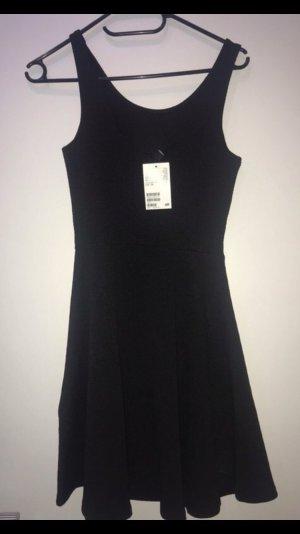 Schwarzes Skaterkleid/Stretchkleid NEU mit Etikett