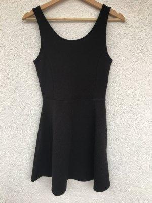 schwarzes skaterkleid von h&m