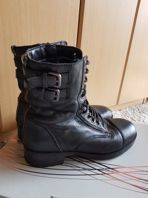 5th Avenue Lace-up Booties black
