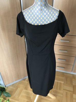 Schwarzes Stretch Kleid