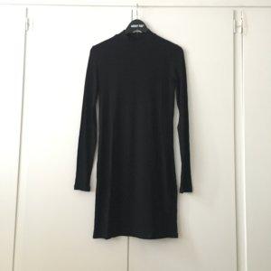 Schwarzes Strickkleid von EDITED, Größe 36
