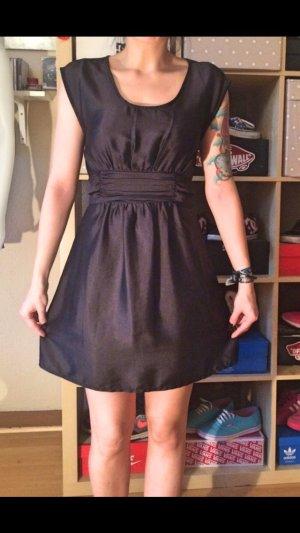 Schwarzes süßes H&M Kleid S