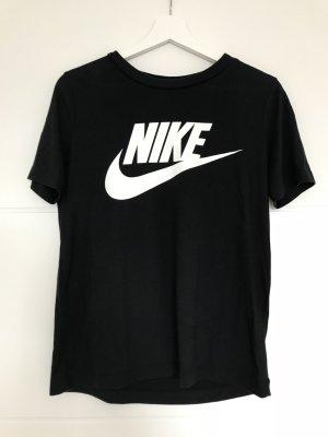 schwarzes T-Shirt