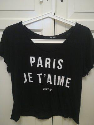 Schwarzes T-Shirt mit Aufschrift