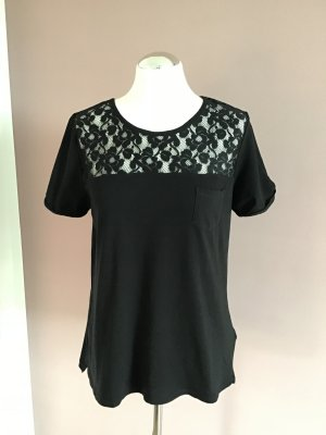 Schwarzes T-Shirt mit Spitze