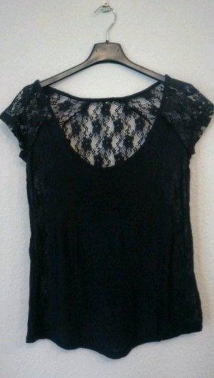 schwarzes T-Shirt, Spitze an gesamter Rückseite
