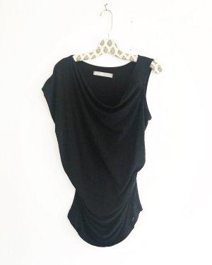 schwarzes top / asymmetrisch / vintage / blackfashion / edgy / one shoulder