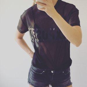 schwarzes transparentes T-Shirt aus Netzstoff