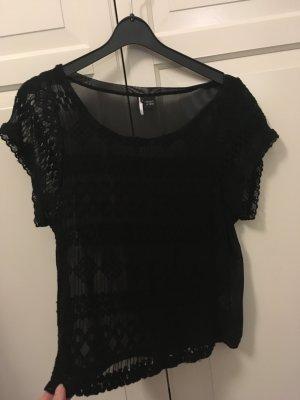 schwarzes Tshirt mit Spitze