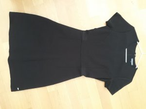 schwarzes Tshirtkleid